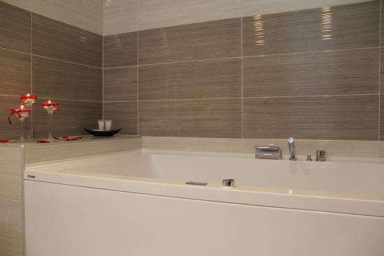 Hotel Delle Canne: vasca idromassaggio  suite junior
