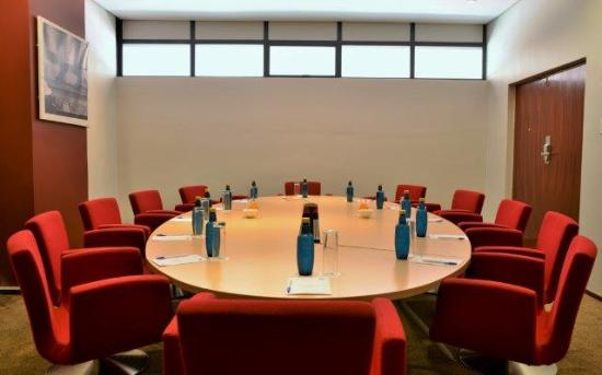 The Reef Hotel: Boardroom