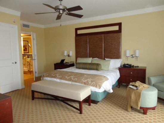 bedroom space of penthouse suite picture of parc soleil by hilton rh tripadvisor com