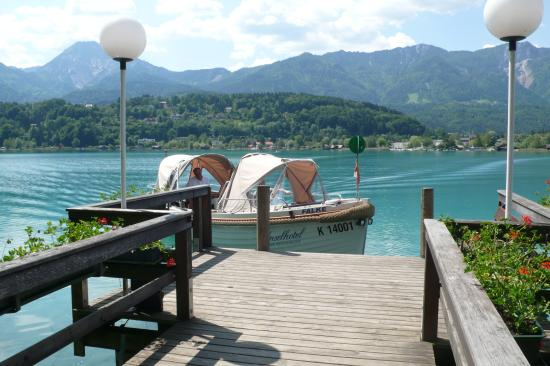 "Faak am See, ออสเตรีย: Ankunft auf der ""Insel"" - Das Inselhotel im Faakersee"
