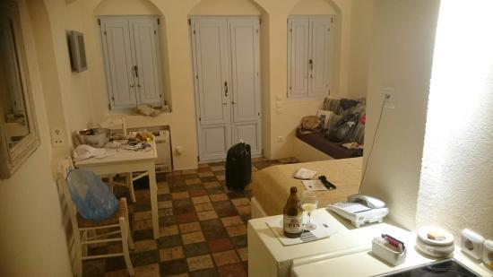 Enigma Apartments & Suites
