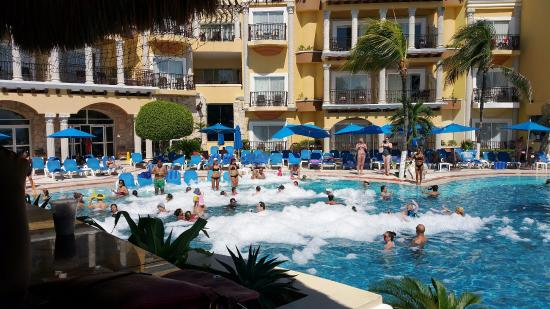 foam party at gpr picture of panama jack resorts playa del carmen rh tripadvisor com