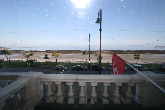 Silvercraigs: Sea view single en-suite Room 11 view