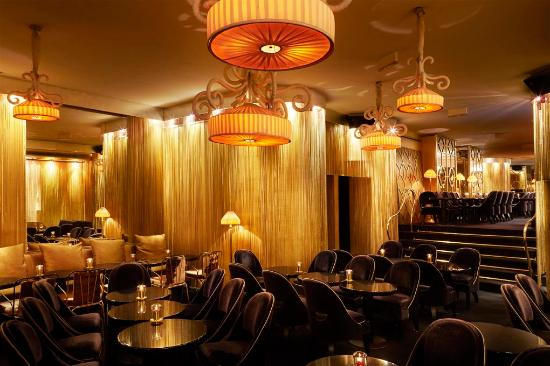 Matignon paris champs lys es restaurant avis num ro for Le miroir resto paris