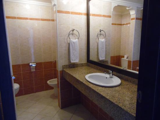 salle de bain wc - Picture of Kenzi Europa, Agadir - TripAdvisor