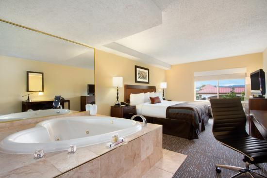 Hotels In Abilene Tx With Jacuzzi In Room