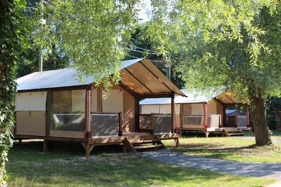 camping les bords du loing souppes sur loing france voir les tarifs et avis camping. Black Bedroom Furniture Sets. Home Design Ideas