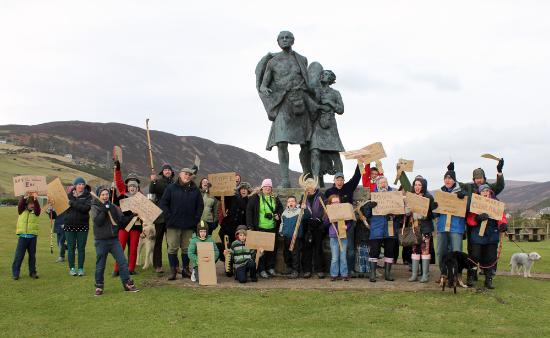 Helmsdale, UK: Riot Act