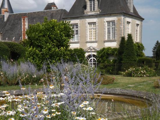 Azay-le-Ferron, Prancis: jardins