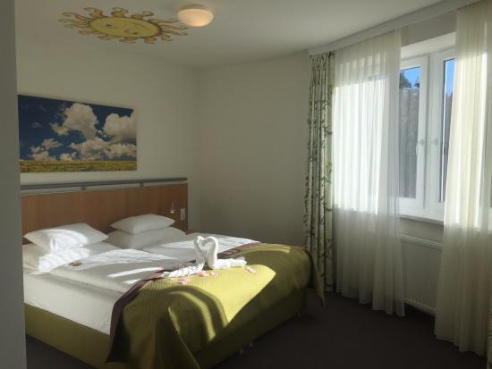 Gmuend, Austria: Der Schlafbereich der Junior Suite
