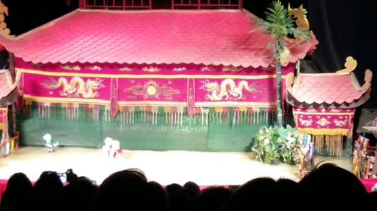 Golden Dragon Water Puppet Theater: 20151222_171020_large.jpg