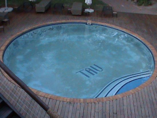 Tau Game Lodge: Piscina