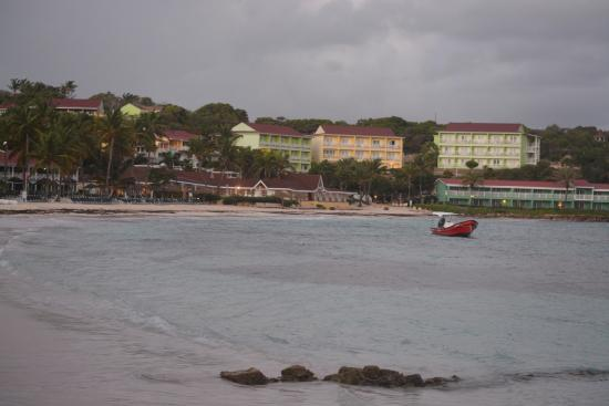 Grand Royal Antiguan Beach Resort: Grand Pineapple from the East end of Long Bay