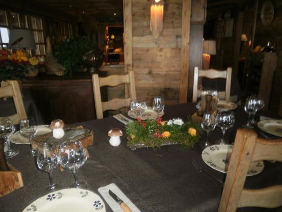 La Croix-Fry Restaurant: A la table de Marie-Ange