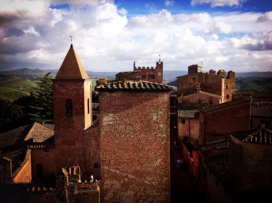 Certaldo, Italia: Vista dalla Torre di Casa Boccaccio