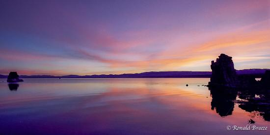 Lee Vining, Καλιφόρνια: Sunrise Mono Lake Tufa Reserve, CA