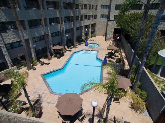 Rosemead, CA: Hotel Pool