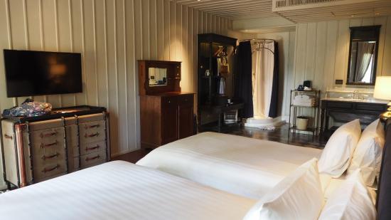 Burasari Heritage: Plush rooms...
