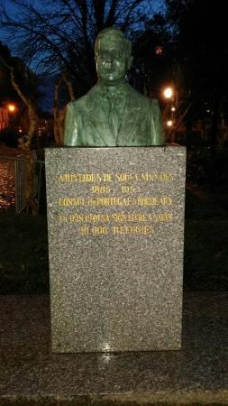 Statue d'Aristides de Sousa Mendes
