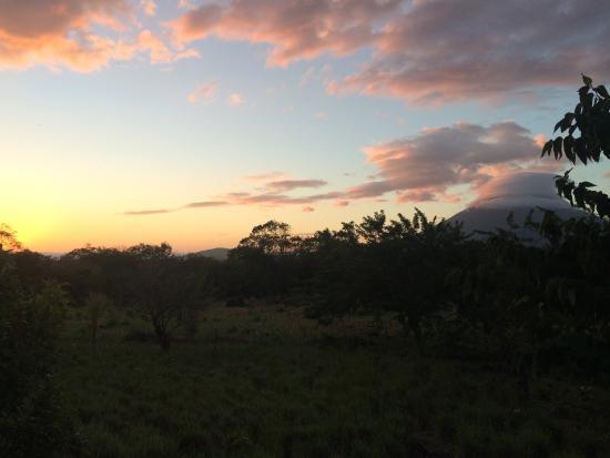 Finca del Sol: Amazing sunset views of Concepción