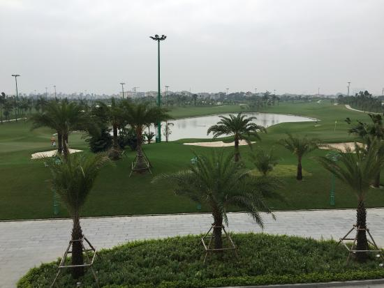 ‪Long Bien Golf Course‬