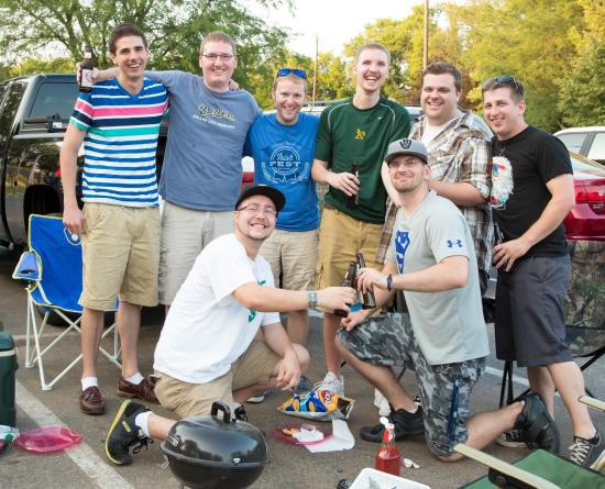 Beloit Snappers : Tailgating is half the fun!