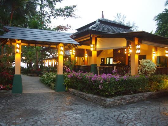 Nang Thong Bay Resort: Sisääntulo hotelli alueelle