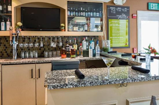 Milpitas, CA: Garden Grille and Bar Drinks