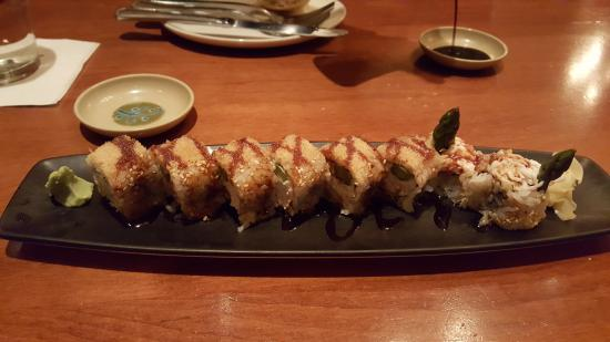 Kings Fish House: Lobster Crunchy Roll