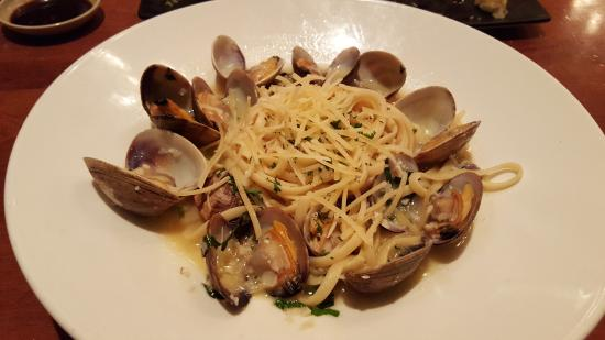 Kings Fish House: Linguine with Manila Clams
