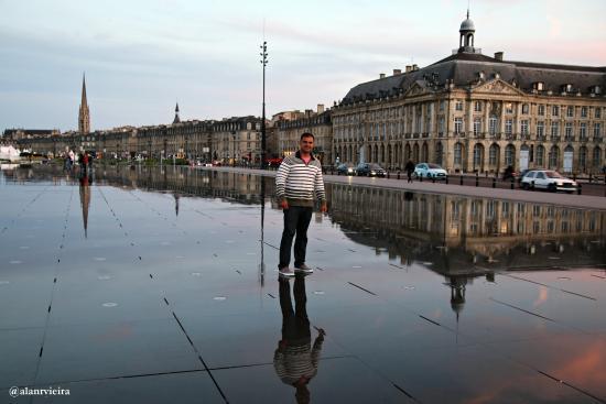 Miroir d 39 eau de bordeaux photo de miroir d 39 eau bordeaux for Miroir d eau bordeaux