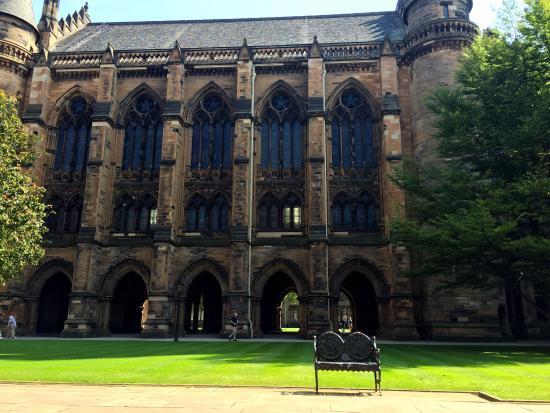 University of Glasgow: Glasgow University Quad