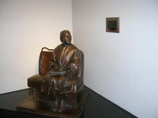 Rosa Parks Library and Museum: Rosa Parks Statue in the international side