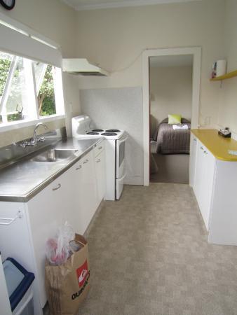 kitchen in cottage picture of punakaiki beachfront motels rh tripadvisor co nz