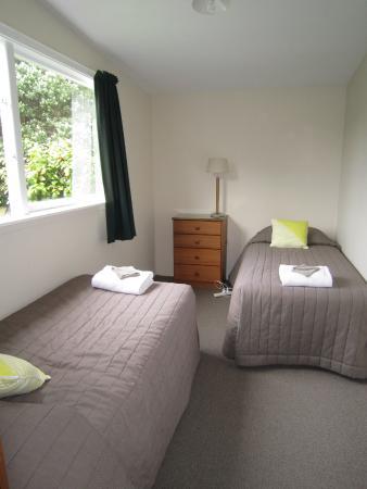 second bedroom in cottage picture of punakaiki beachfront motels rh tripadvisor co nz
