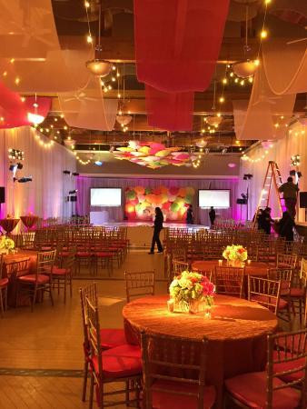 Agoura Hills/Calabasas Community Center: Banquet Hall