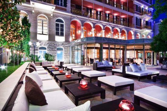 Hilton Imperial Dubrovnik: The Lounge Bar
