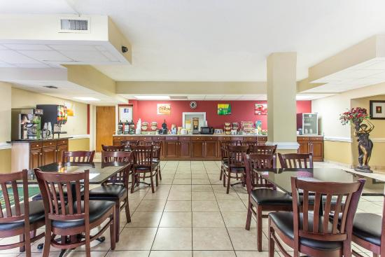 Quality Inn Statesville: Breakfast