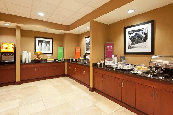 Mercer, PA: Breakfast Buffet