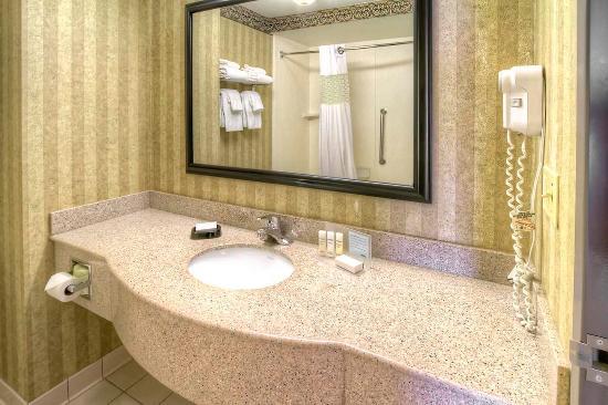 Petoskey, MI: Standard Bath