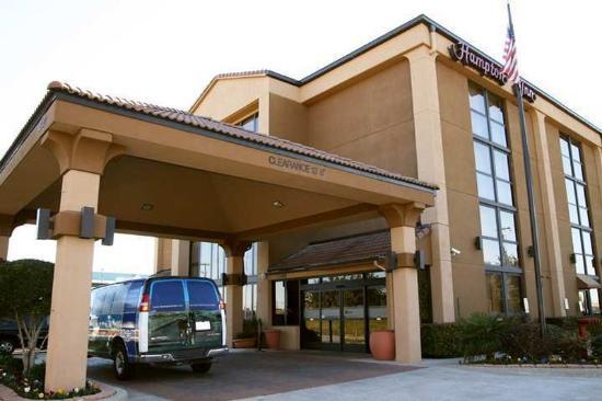 Hampton Inn Dallas/Ft. Worth Airport South: Exterior