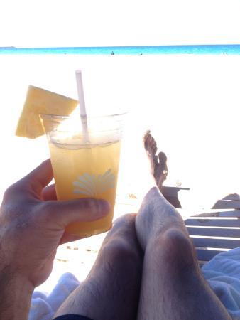Hapuna Beach Prince Hotel Beach Bar: ahhh