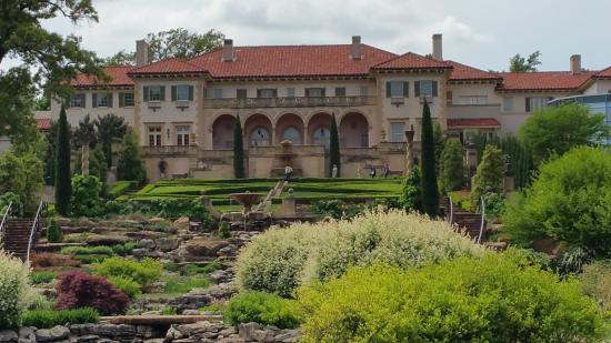 Philbrook Museum of Art : The Villa containing all the art