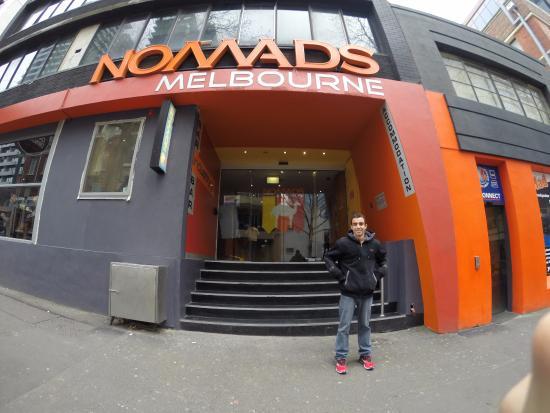 Nomads Melbourne: .