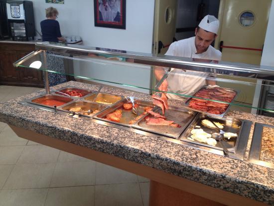 TRH Mijas: Еда тут ужасная и мало!! Меняйте повара срочно!
