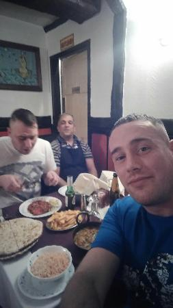 Wem, UK: Sat with the cook zak cooked us banging curry beat had iv had just right Azad head waiter severd