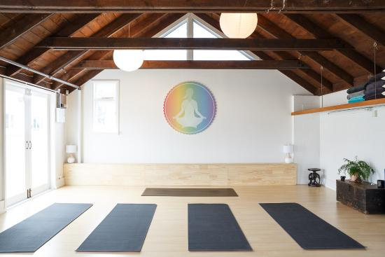 Beginner Yogi Yoga Studio