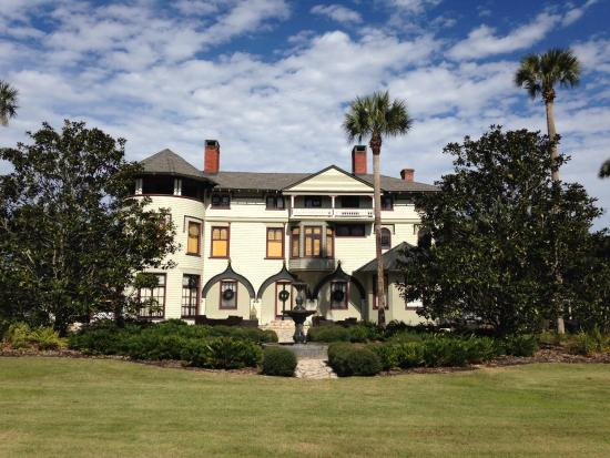 DeLand, FL: Mansion from the front.