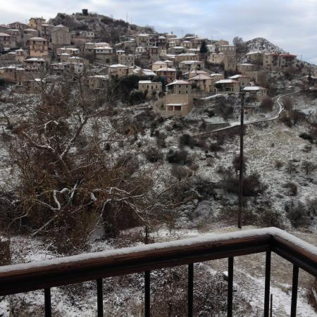 En Dimitsani Guesthouse: New Year's Day Magic