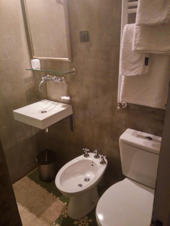279 Boutique Bed+Breakfast: un baño limpio y moderno